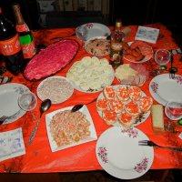 Новогоднее застолье. :: Света Кондрашова