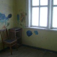 Здесь был сельский детский сад.... :: Марина Домосилецкая