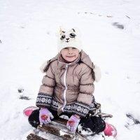 Снегурочка на санях. :: Виолетта Мензило