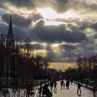 У Кремлёвской стены :: Константин Бобинский