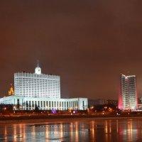 Белый дом. :: Oleg4618 Шутченко