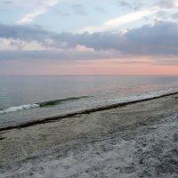 Берег Черного моря. :: Олег
