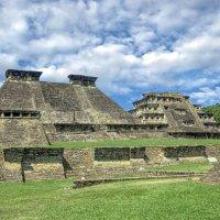 Пирамиды El Tajin, Мексика :: Elena Spezia