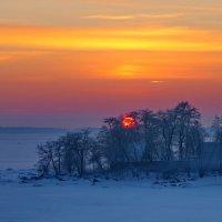 Ранний закат на заливе.... :: Светлана