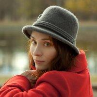Lady in red :: Алексей Манухов