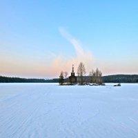 островок на озере :: Елена