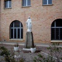 монастырь frati minori в Longiano (Лонджано) Италия :: elena manas