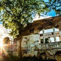 Руины на закате :: Сергей Мельниченко