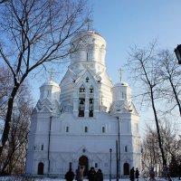 Церковь Усекновения главы Иоанна Предтечи в Дьякове :: Елена Павлова (Смолова)
