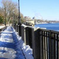Город и река в январе... :: Тамара (st.tamara)