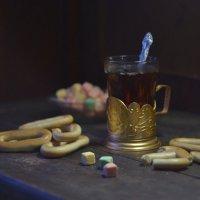 Чай с сушками и фруктовым сахаром. :: Оксана Евкодимова