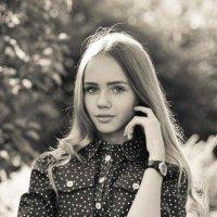 Валя :: Полина Зюбанова