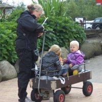 Дети в садик собирайтесь :: Ирина Бархатова