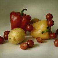 Красное и желтое. :: Григорий Гурьев
