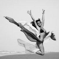 jump :: Анастасия Аникеенко