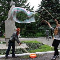 Мыльные пузыри... :: Валерия  Полещикова