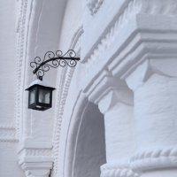 Черный на белой :: Светлана