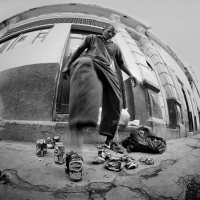 Жизнь моя - жестянка, изогнута как банка… :: Roman Mordashev