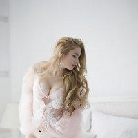 В постели :: Евгения Лисина