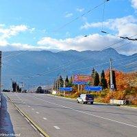 По дороге на Ялту :: Виктор Шандыбин