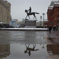 Памятник  маршалу Жукову :: Татьяна Грищук