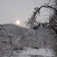 Боишься ступить в это  холодное  царство, чтобы не нарушить гармонию природы. :: Anna Gornostayeva