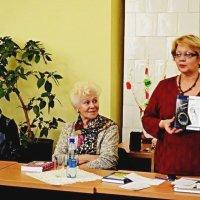 Презентація книги :: Степан Карачко