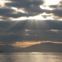 Луч солнца через облака... :: ALEX MAK