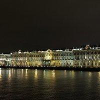 Огни большого города. Зимний дворец :: Николай