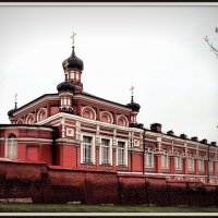 Казанская церковь со стороны Рождественского бульвара :: Михаил Малец