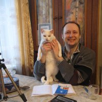 У женщин, как и у кошек - девять жизней! :: Алекс Аро Аро