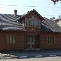 Жилой  дом  в  Калуше :: Андрей  Васильевич Коляскин