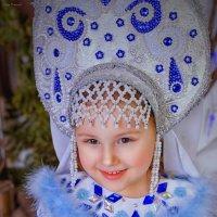 Настёна.. Снегурка.. :: Юлия Романенко