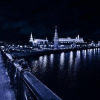 Москва, вид на Кремль с Большого Каменного моста :: Игорь Иванов