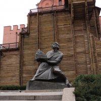 Памятник Ярославу Мудрому возле Золотых Ворот :: Ириша ****
