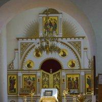 В храме :: Ирина Бархатова