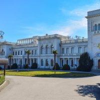 Ливадийский дворец :: Zinaida Belaniuk