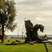Скульптурная композиция перед крепостью :: Witalij Loewin