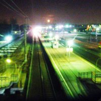 красная луна и идуший локомотив :: Александра Полякова-Костова