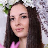 Девушка-весна :: Tatyana Zholobova
