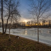 тающее озеро :: Марат Макс