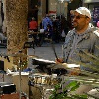 Уличный барабанщик :: JW_overseer JW