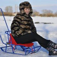 Иногда взрослые,хотят хоть на минуточку стать детьми.... :: Ирина Жеребятьева