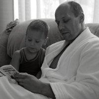 Почитай-ка, папа, книжку :: Виктория Бондаренко