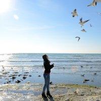 Прогулка у моря :: Любовь Яшник