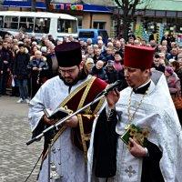 У Чернівцях вшанували пам'ять буковинців, загиблих у Афганістані. :: Степан Карачко