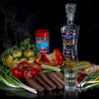 Рюмочка водочки :: Mikhail Andronikov