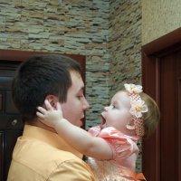 -Поцелуй папу :: Лилия Еськина