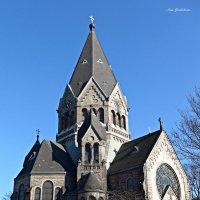 Храм Святого Праведного Иоанна Кронштадского в Гамбурге :: Nina Yudicheva