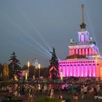 вечерний город или новые ритмы столицы :: Олег Лукьянов